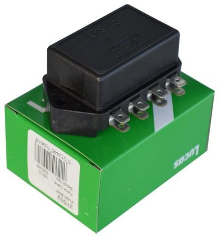 lucas fuse box (4) mgb 7fj series mg midget fuse box mgb gt fuse box lucas used mg2586